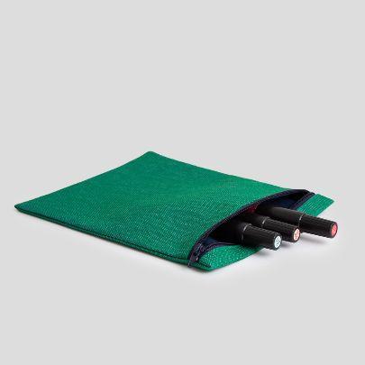 تصویر کیف زیپ دار سبز
