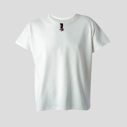 تصویر استین کوتاه سفید زنانه