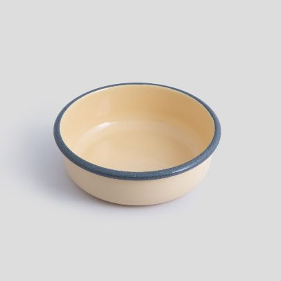 Picture of Cream enamel bowl
