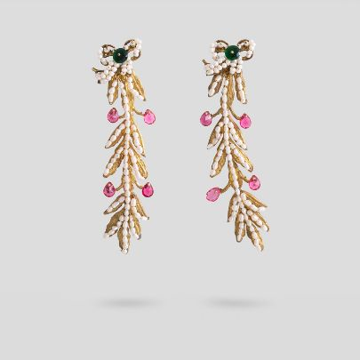 Picture of Olive horn earrings
