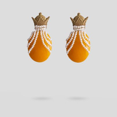 Picture of Yellow crown earrings
