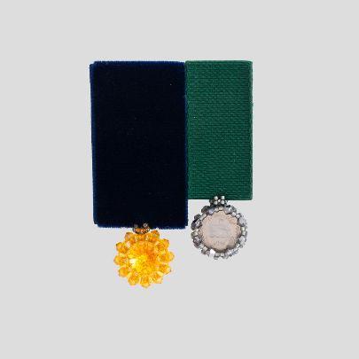 تصویر  مدال دوقلوی کریستال