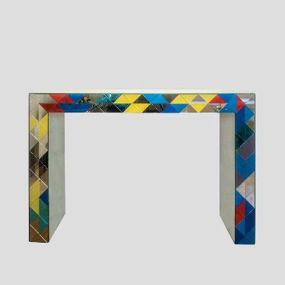 تصویر کنسول آینهای رنگی