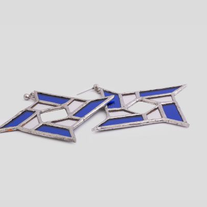تصویر  گوشواره چهارپر آبی سفید