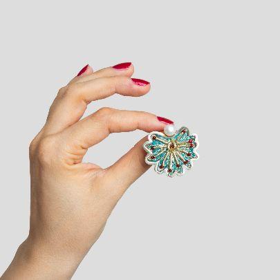 Picture of avisheh earrings