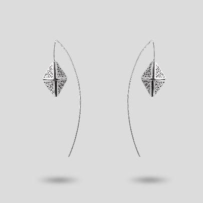 تصویر گوشواره عصایی هرم عمود هلالی