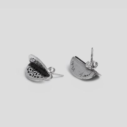 Picture of oval earrings