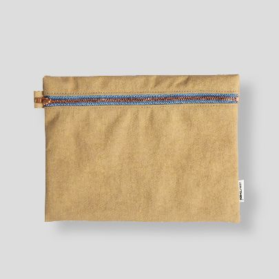 Picture of khaaki zipper pouch