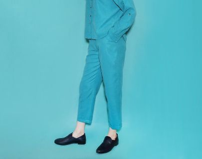 Picture of tiffany blue highwaist trousers