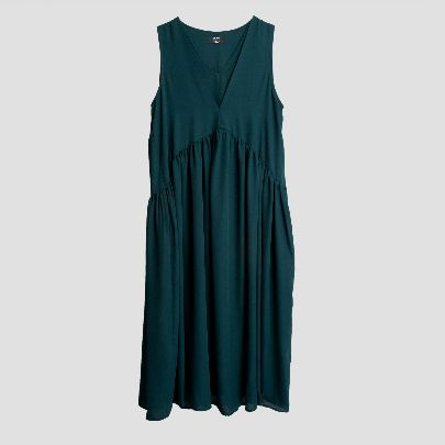 Picture of dark green dress