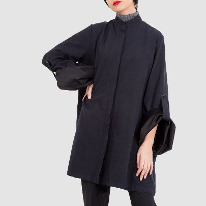 Picture of black overcoat with button