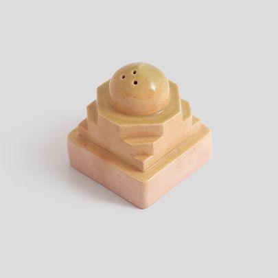 تصویر نمکدان سرامیکی خردلی متوسط