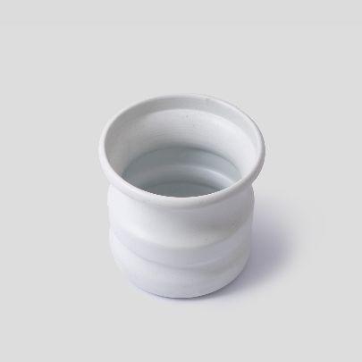 تصویر گلدان سفید