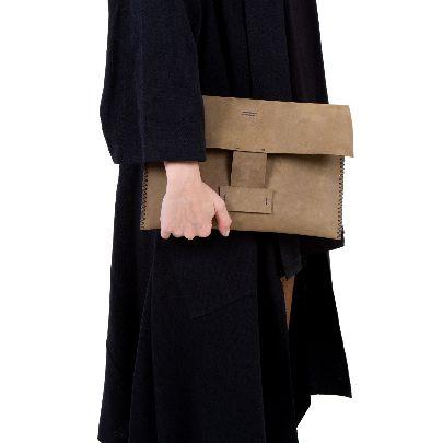 تصویر کیف دستی چرم قهوه ای روشن