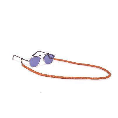 تصویر بند عینک قهوه ای