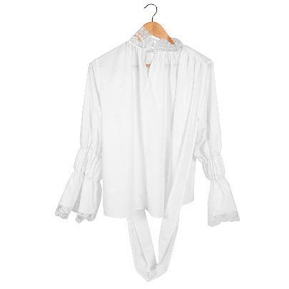 تصویر آستین بلند سفید توردار