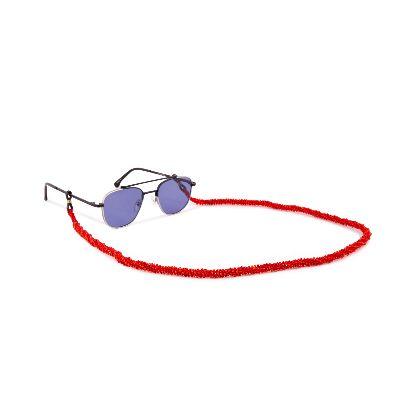 تصویر بند عینک قرمز