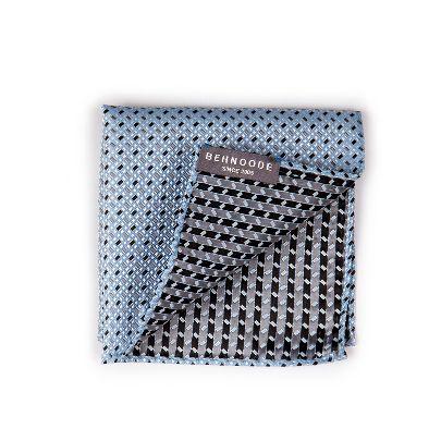 تصویر دستمال جیبی طرحدار آبی روشن