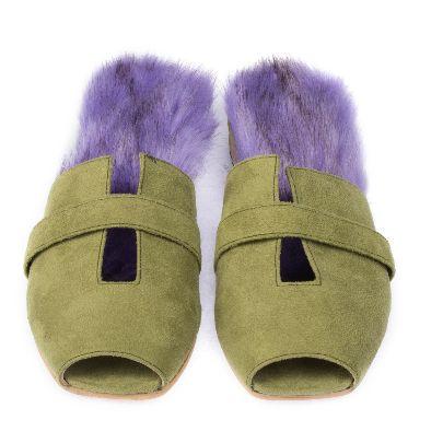 تصویر کفش سبز و بنفش