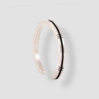 تصویر دستبند ۶ دندانه ای نقره
