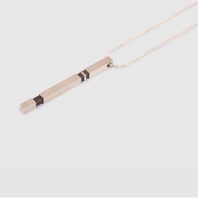 تصویر گردنبند تکی نقره ای ساده