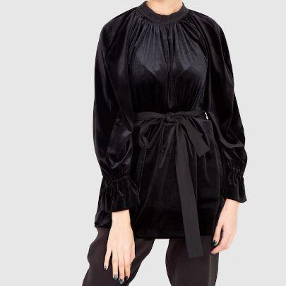 Picture of black velvet long sleeve