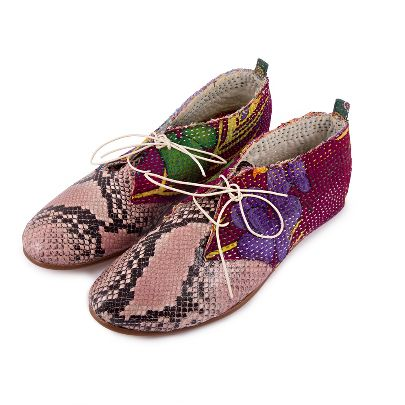 Picture of peafowl shoes