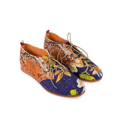 Picture of َazure shoes