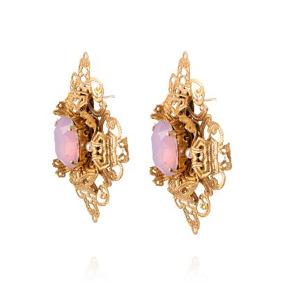Picture of dimond earrings with pink stone