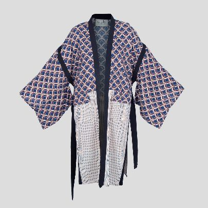 Picture of blue patterned mantua