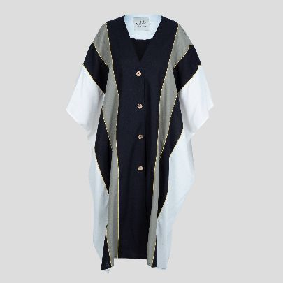 Picture of white& blue mantua with button