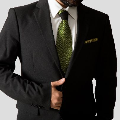 Picture of yellow silk tie