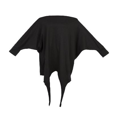Picture of solmaz mahjoubifard black shirt