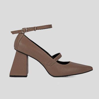 تصویر کفش مری بژ