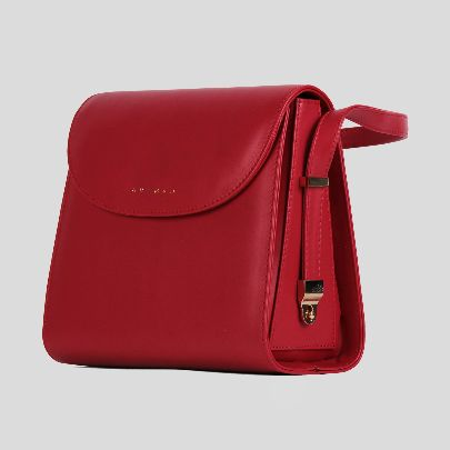 Picture of tessa red bag