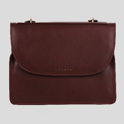 Picture of gianna red bag
