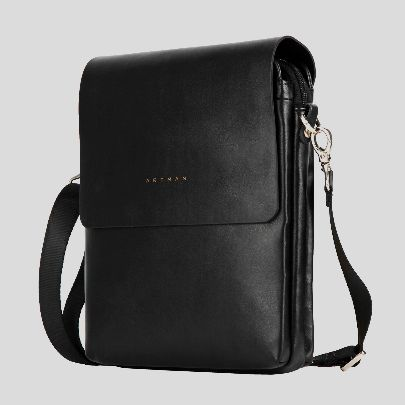 Picture of jill black bag