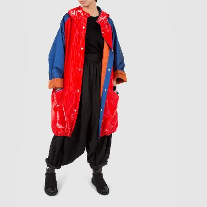 Picture of red and blue raincoat with pocket