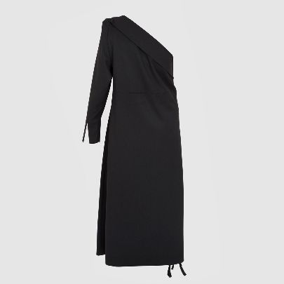 Picture of black dress