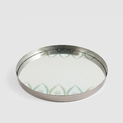 Picture of mirror tray with leaf pattern