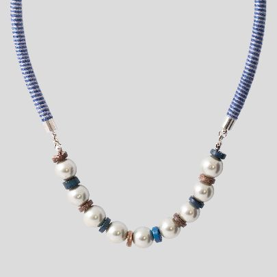 Picture of blue zamin necklace