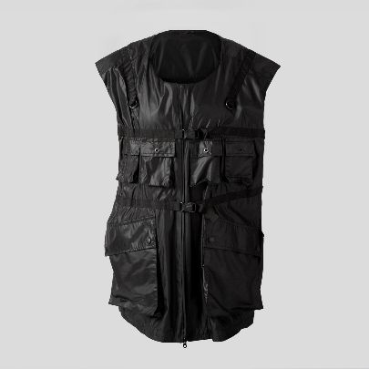 Picture of black vest with pocket