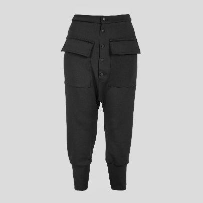 Picture of black pants with pocket