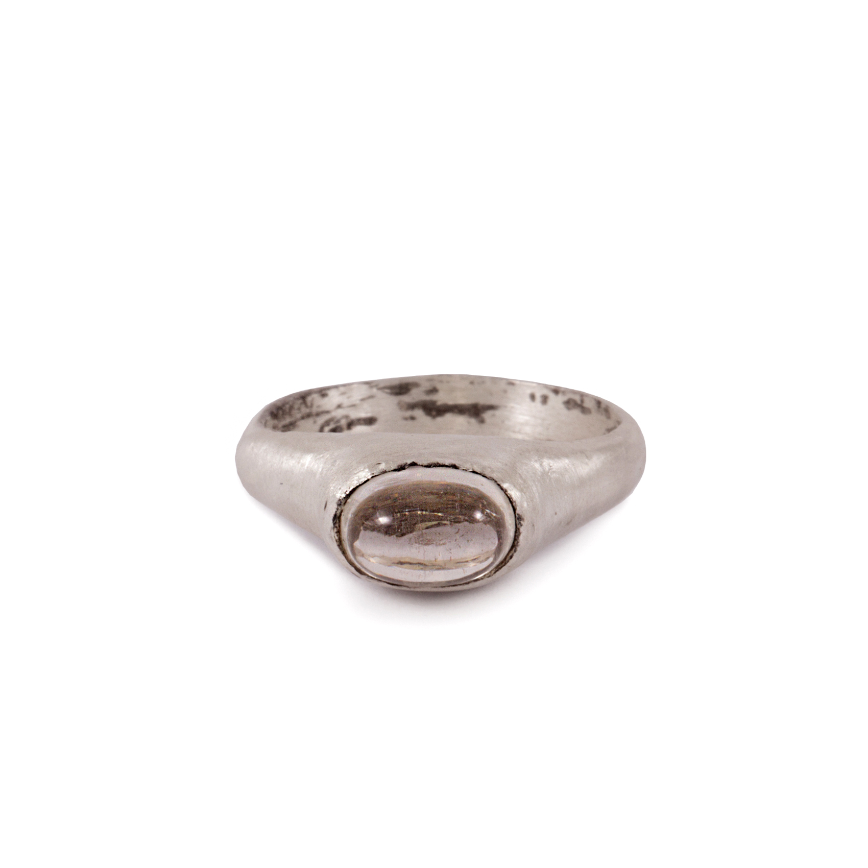 Picture of round stone ring