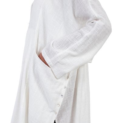 Picture of white manteau
