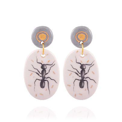 تصویر گوشواره مورچه