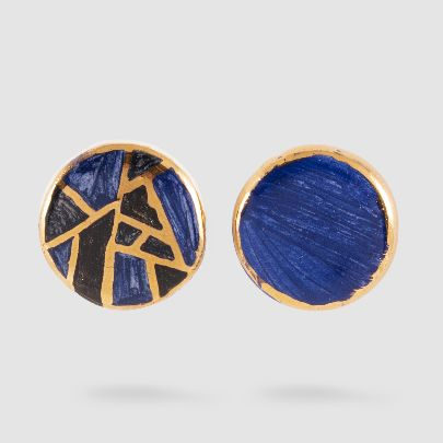 Picture of geometric design earrings