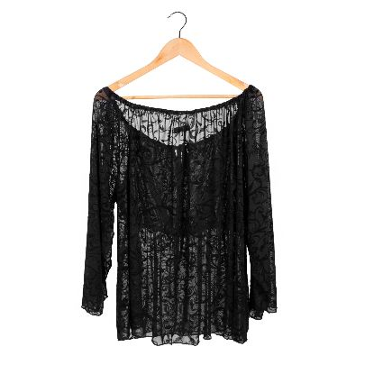 Picture of black lace blouse