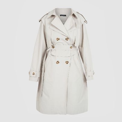 Picture of white raincoat with belt