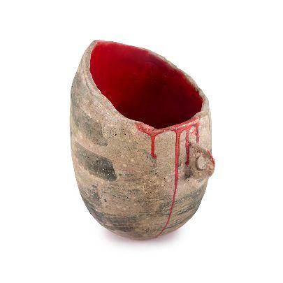 تصویر گلدان یک دسته داخل قرمز